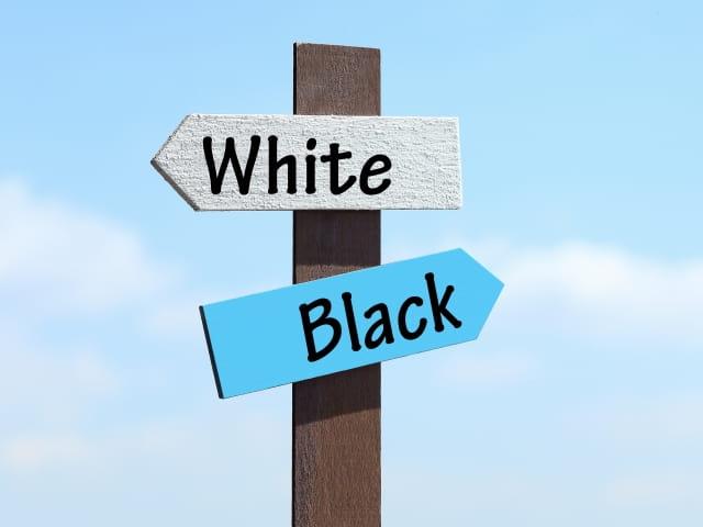 ホワイト企業・ホワイト業界の特徴とは?選ぶべき業界と避けた方がいい業界